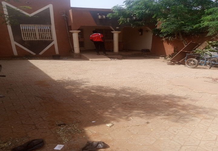 Maison 3 Chambres vers Pharmacie Goroual