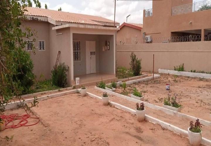 Jolie Maison 4 Chambres sur 650 m²