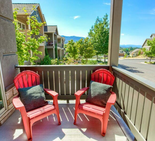 patio of a home in Meadowbrook Park Condos in Ashland Oregon