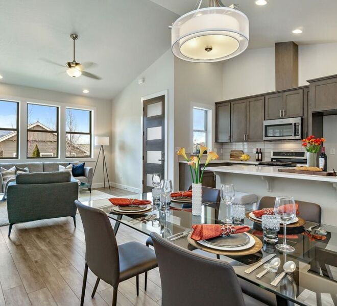 Meadowbrook townhomes dining room