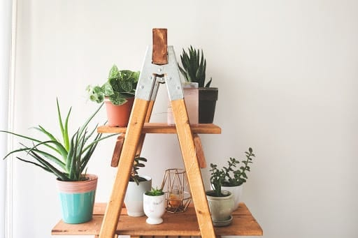 5 DIY Decorations to do this Summer Using 5 or Fewer Materials