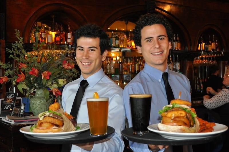 louies-of-ashland-recession-burgers