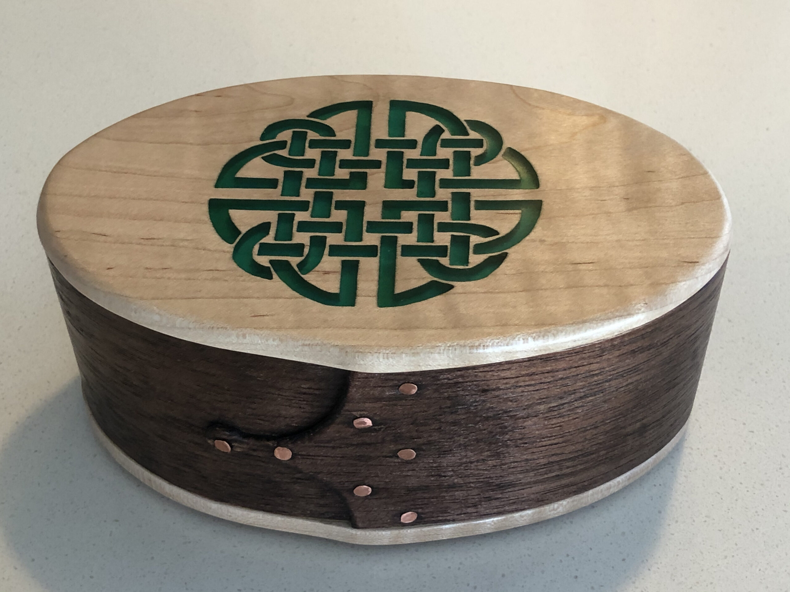 spm-shaker-box-celtic-dara-knot