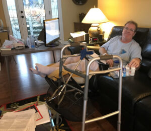 Here I am back home, recuperating on the couch, with my walker, ice machine and thigh-length compression socks. Feelin' sexy. Growwwl.