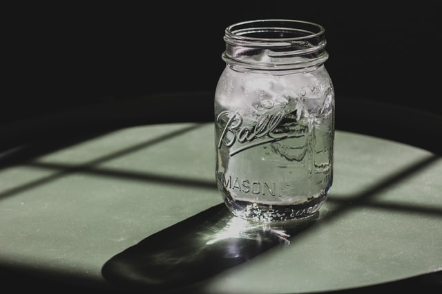 mason jar with water and ice