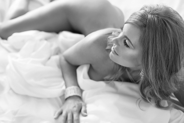 The best boudoir Los Angeles photo session with Marisa Leigh