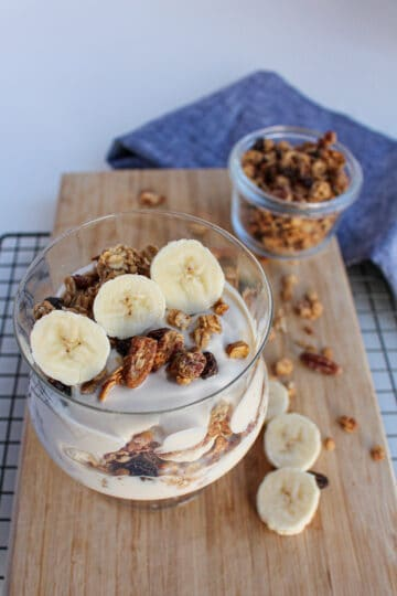 vegan yogurt parfait with banana and granola