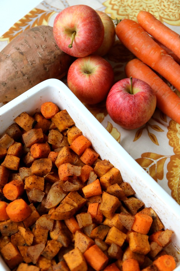 Healthy Holiday Food Swaps. Delicioius and healthy sweet potato and apple bake. 21 day fix recipe, paleo recipe, gluten free, healthy, and kid approved!