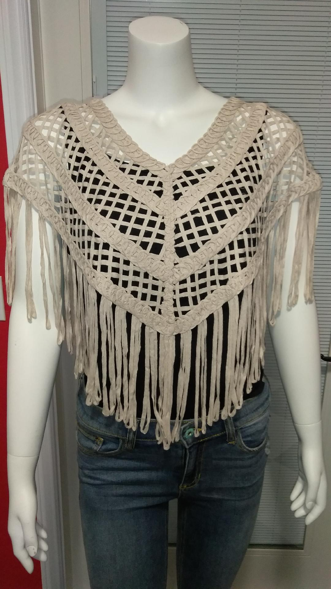 Fringed Collar