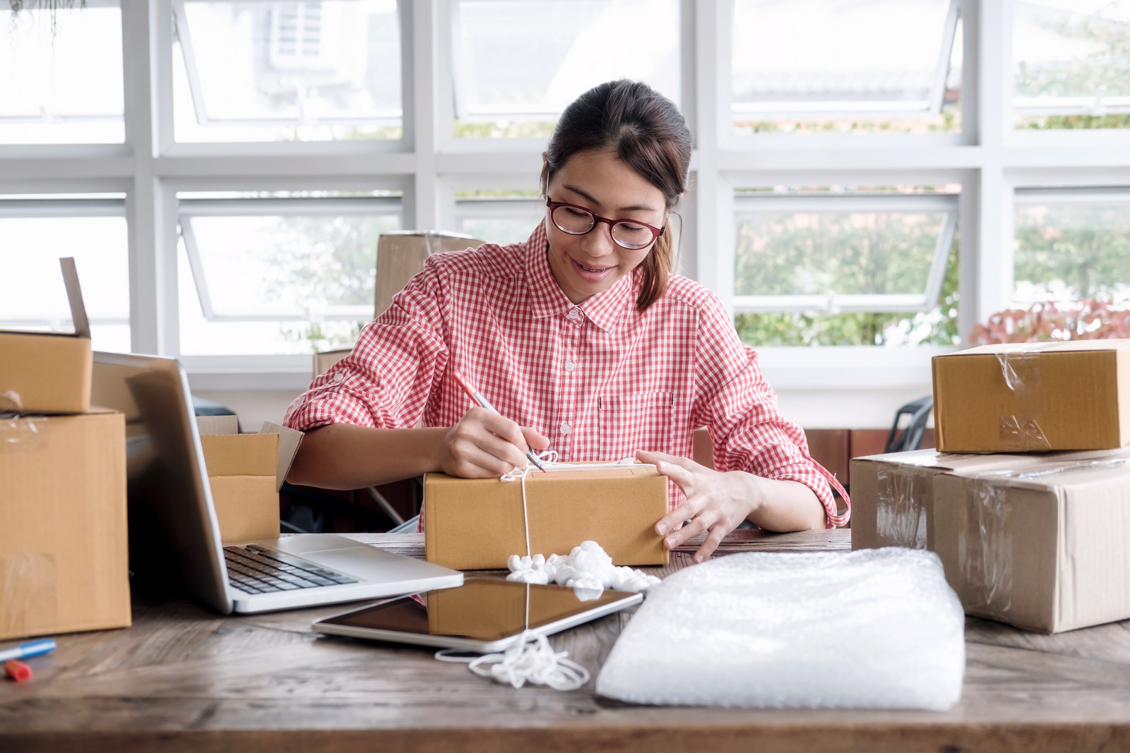 8 Year-End Tax Planning Tips for Small Businesses