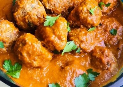 Baked Meatballs in Red Pepper Sauce