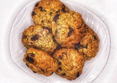 Sultana and Oatmeal Cookies