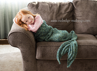 knit mermaid tail