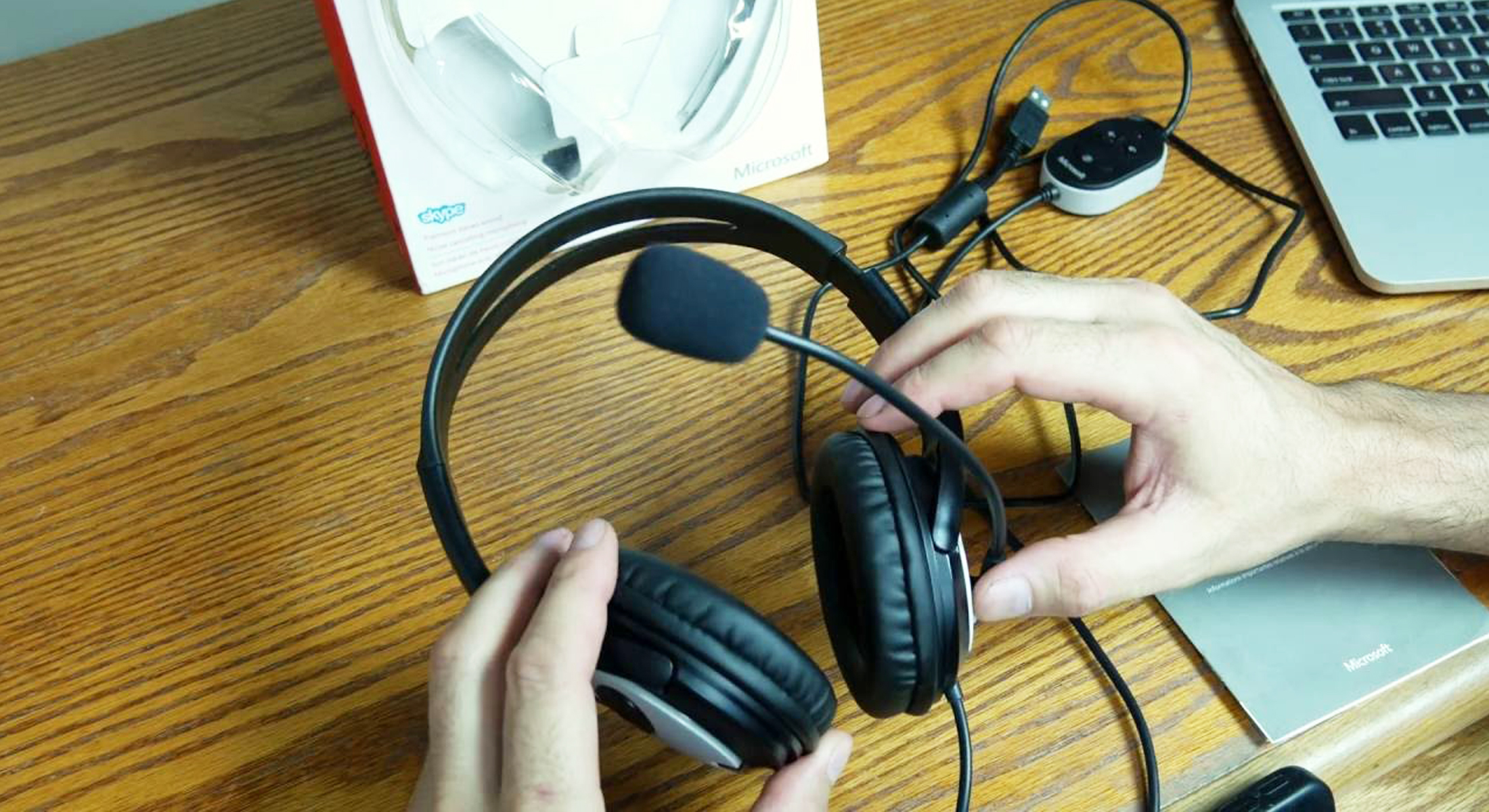 Microsoft LifeChat LX-3000 Headset – Bringing Video Chats To The Next Level