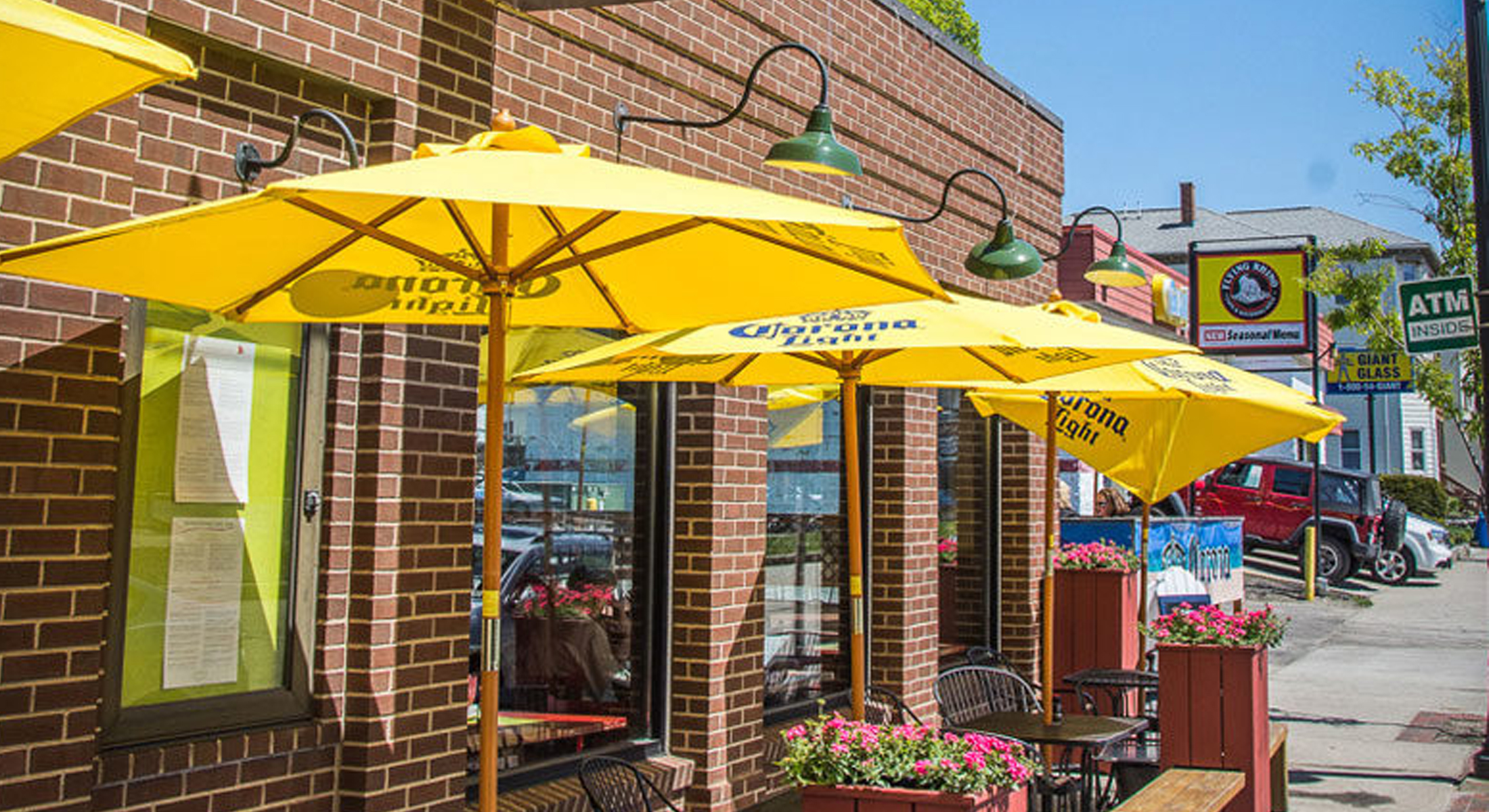 Custom Patio Umbrellas & Curbside Displays: Prepare For The Reopening