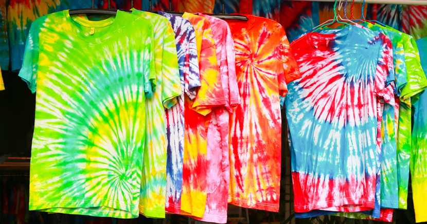 DIY Tie Dying Is Becoming The Hottest Quarantine Trend