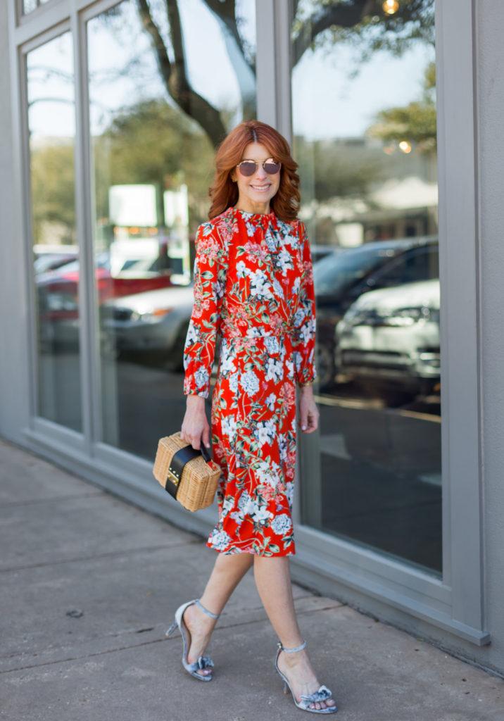 #themiddlepage #fashionomics #floralprint #easterdress
