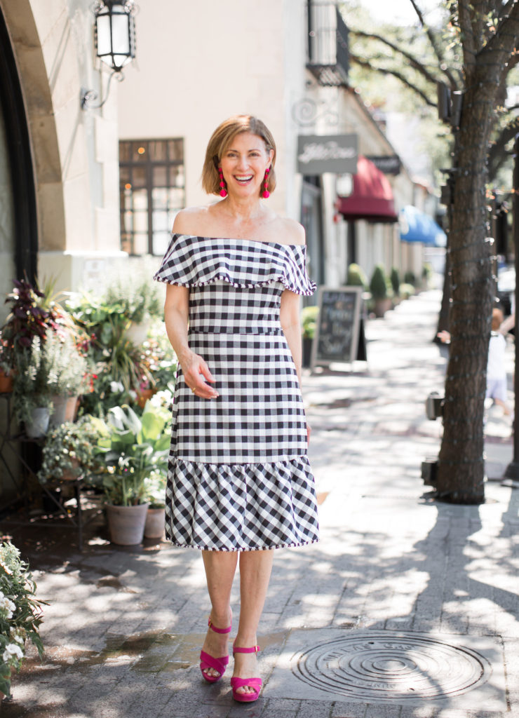 Debby Fashionomics wearing off the shoulder casual dress from Ann Taylor.