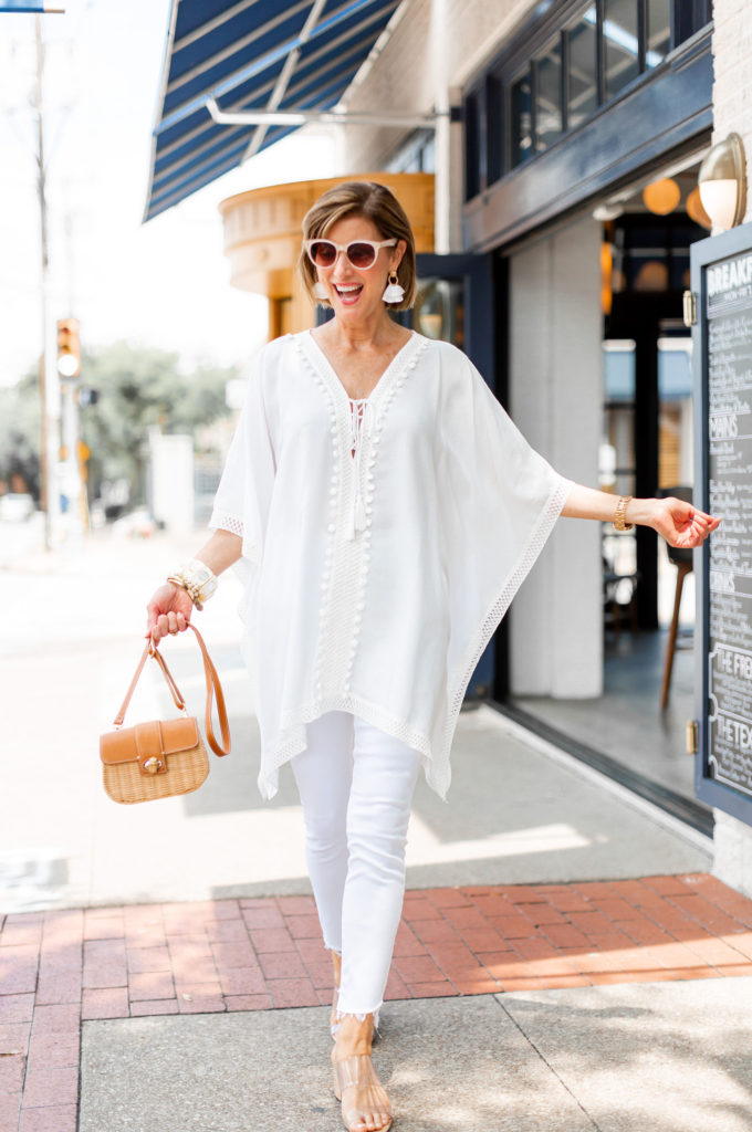 Dallas blogger in all white
