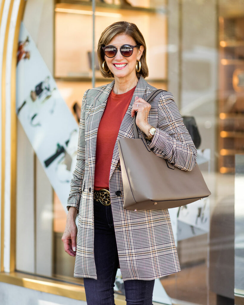 Great basic tote from Nordstrom Anniversary Sale on Dallas Fashion Blogger