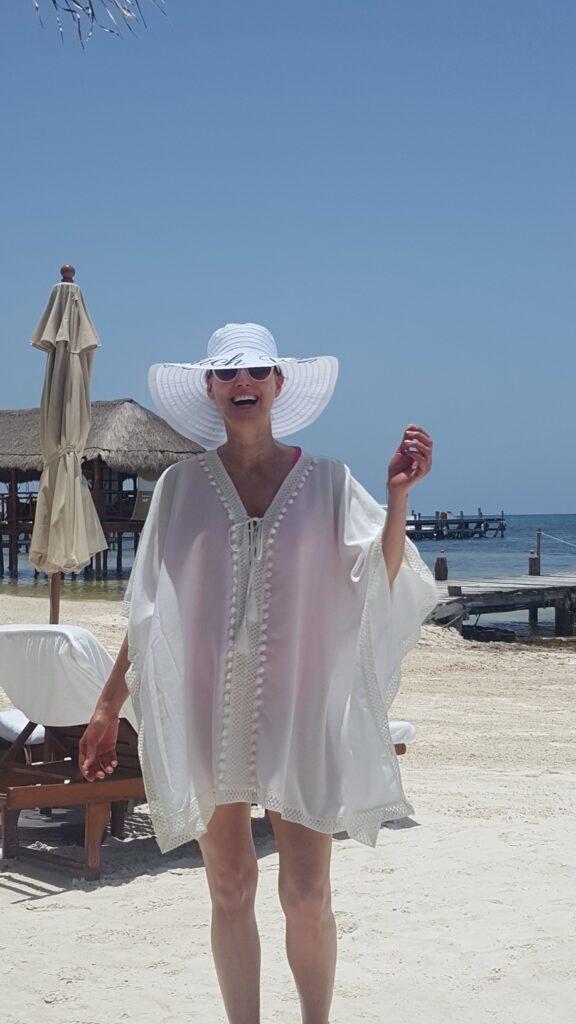 Fashionomics wearing Rachel Zoe cover up