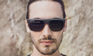 google-luxottica-deal-to-bring-glass-technology-to-ray-ban-and-oakley