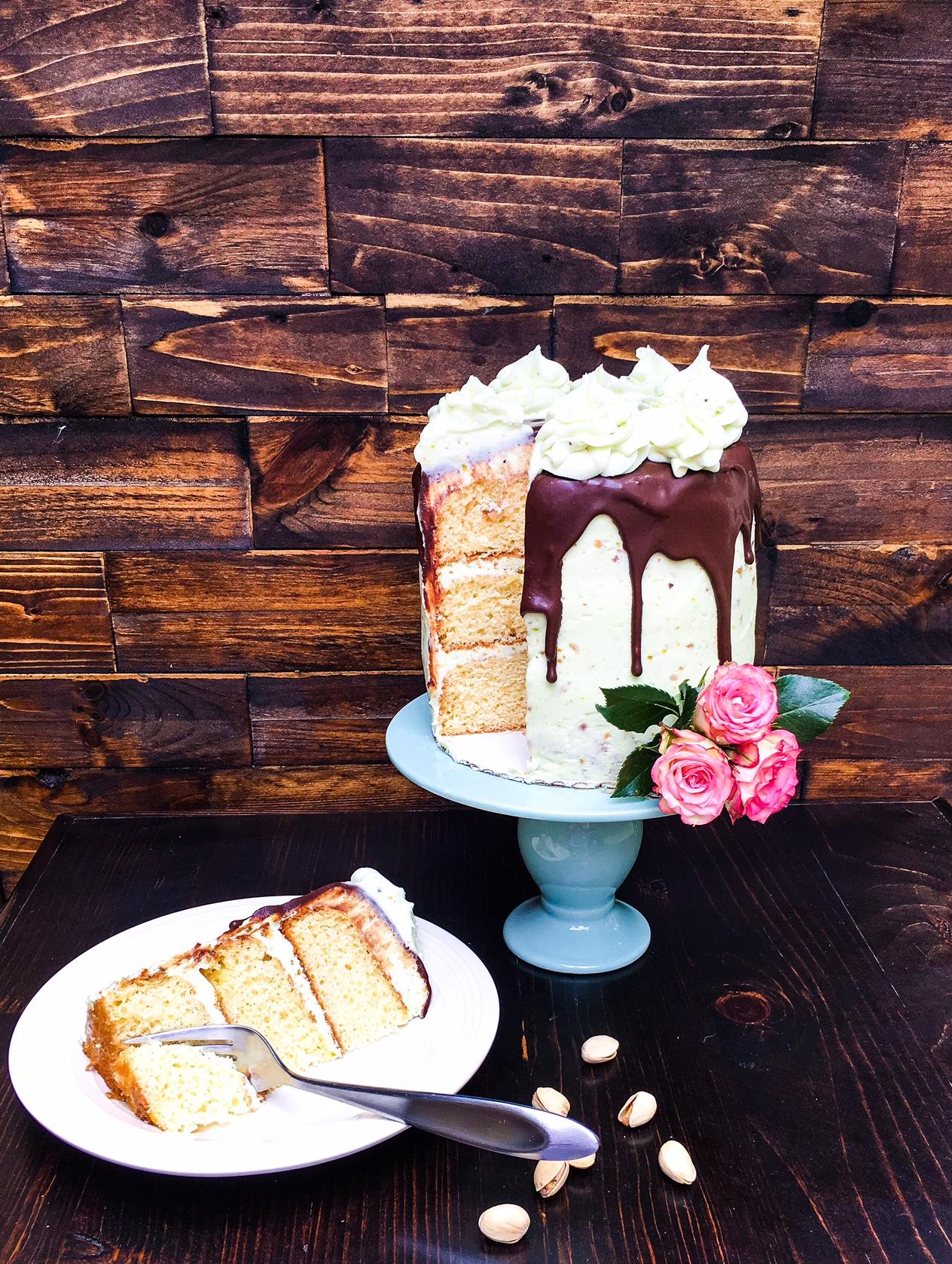 butter pistachio cake