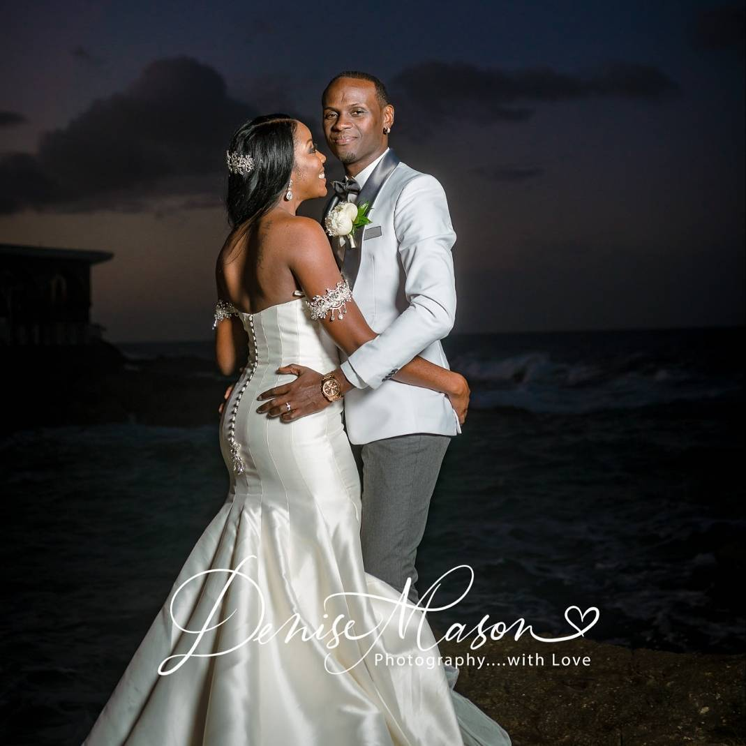 Aidonia Wiping His Brother's Tears At His Wedding Goes Viral 9