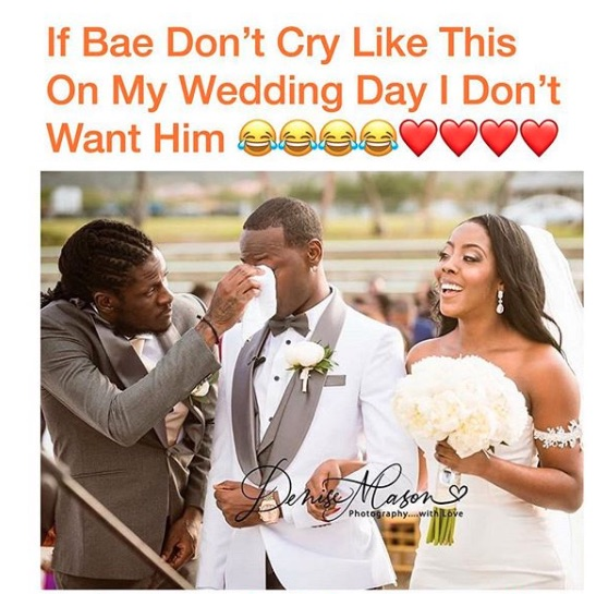 Aidonia Wiping His Brother's Tears At His Wedding Goes Viral 12