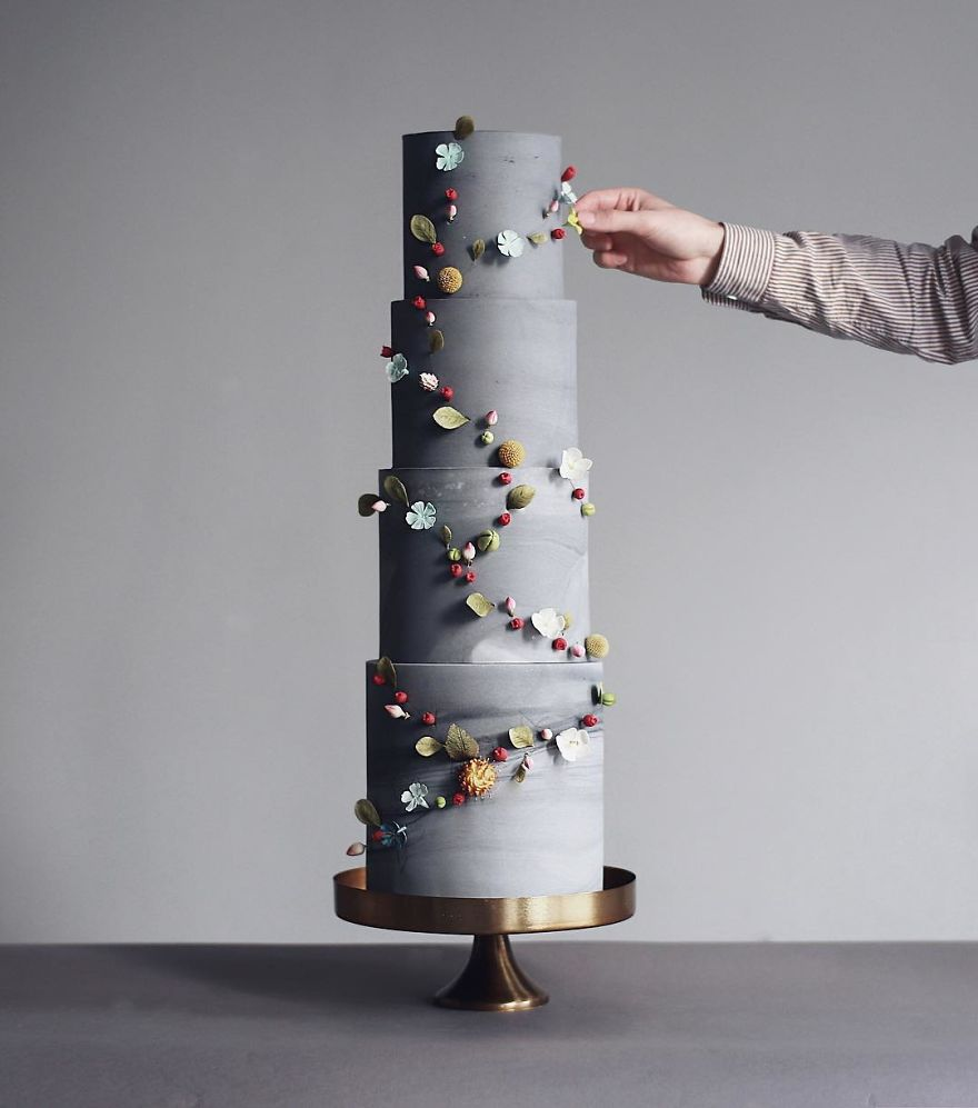 Luxurious Towering Cakes Look Like They Are Straight Out Of The Fairy Tale 22