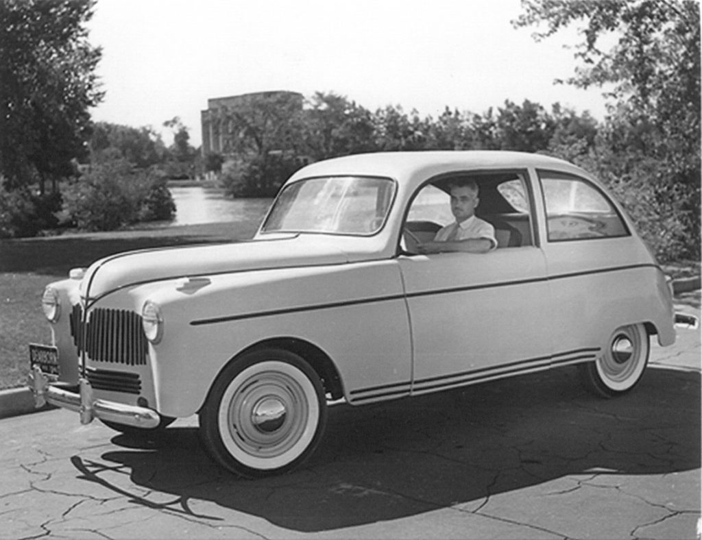 Henry Ford Invented a Hemp Car that ran on Hemp Fuel 76 Years Ago 1