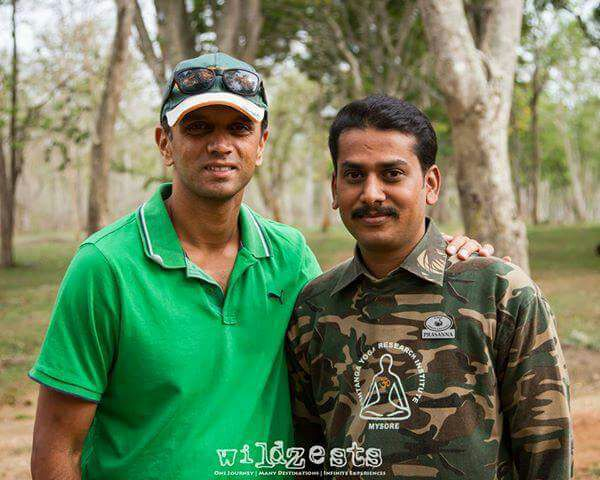 prasanna gowda with rahul dravid wildtrails india