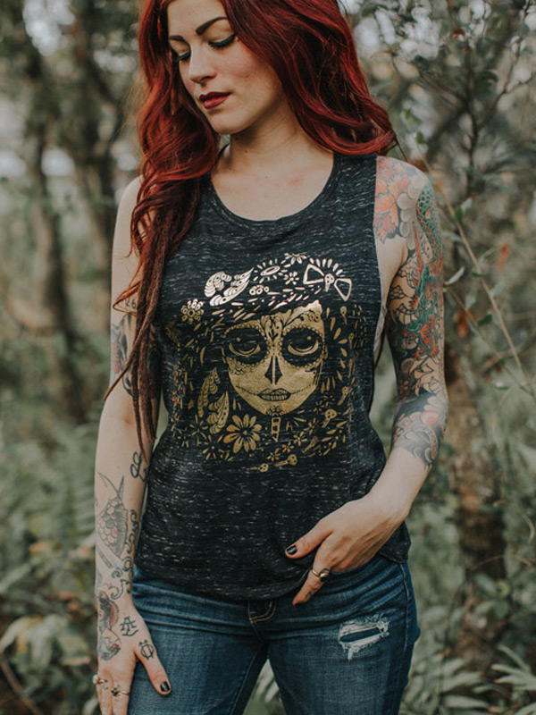 Red head wearing Muscle Tank Foil Catrina