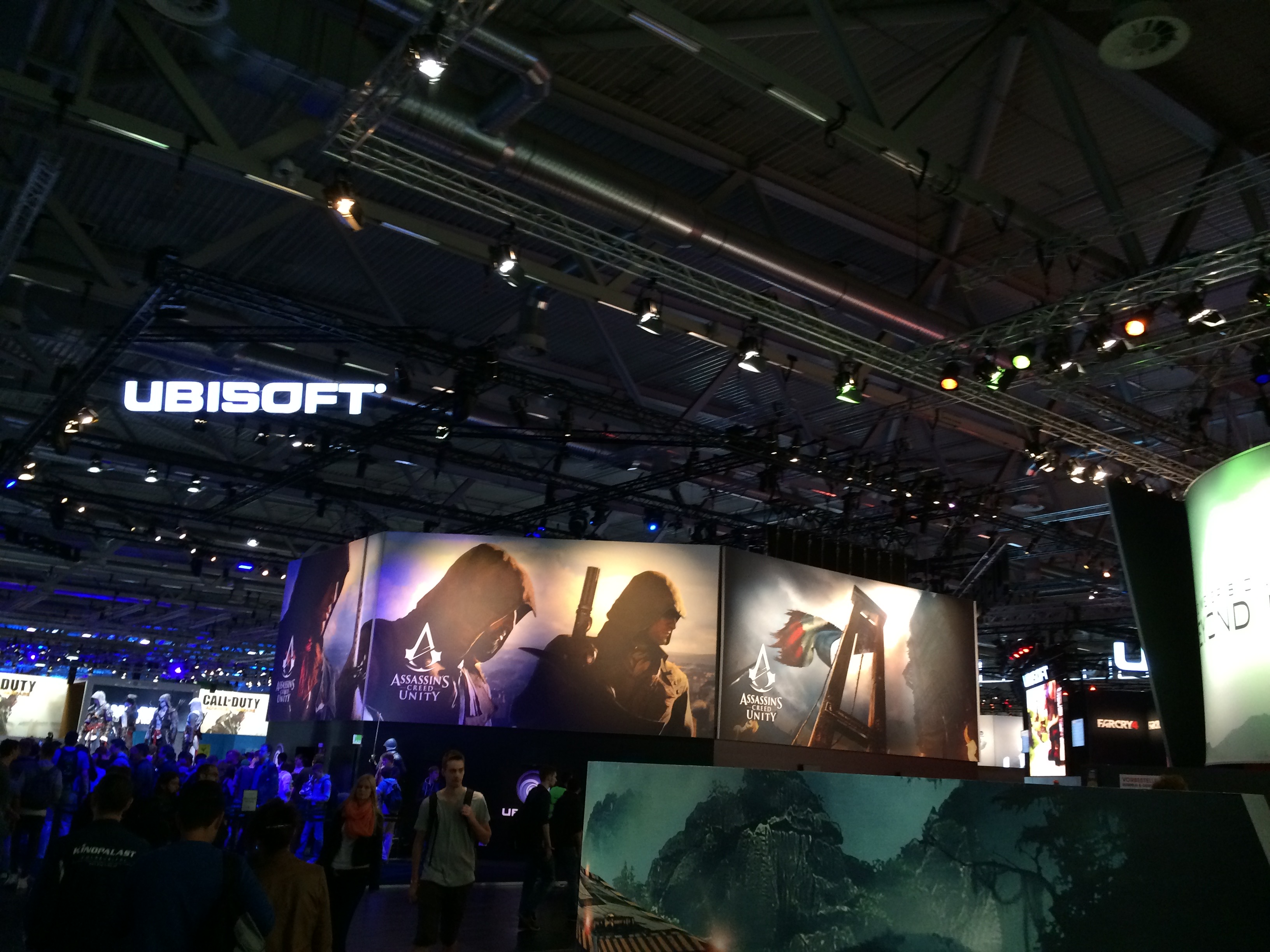 Assassin's Creed: Unity Demo Showcase Booths