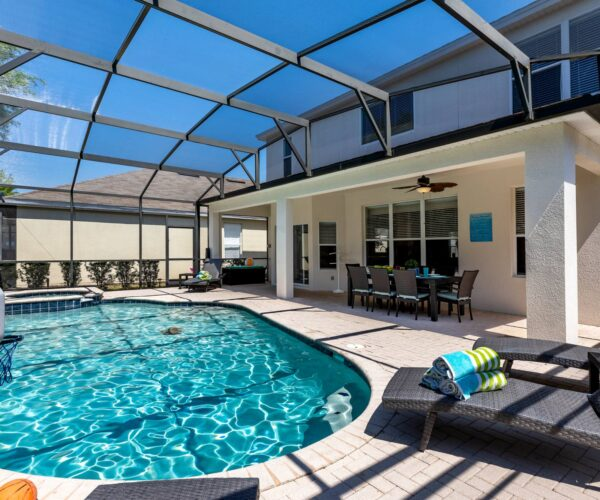 Private-Saline-Pool-Spa-Lanai-Lounge-Chair-6-Bedroom-Windsor-Hills-Vacation-Rental-By-Owner
