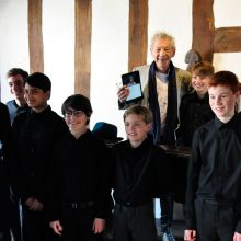 "Sir Ian McKellen drops in to watch ""Unperfect Actors"""