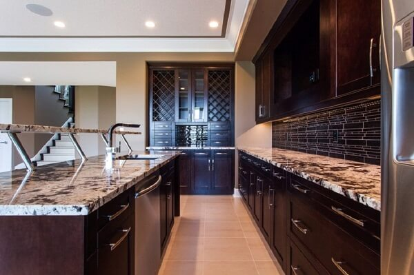 Choosing Natural Stone Kitchen Countertops
