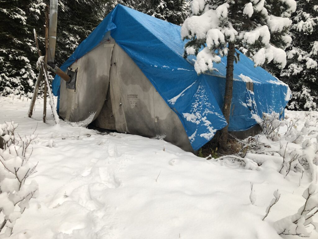 Broken Hart Adventures fall guided hunt camp