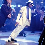 Smooth-Criminal-michael-jackson-7446671-2200-1487