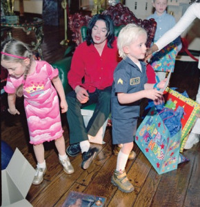 EXCLUSIVE: Michael Jackson and family
