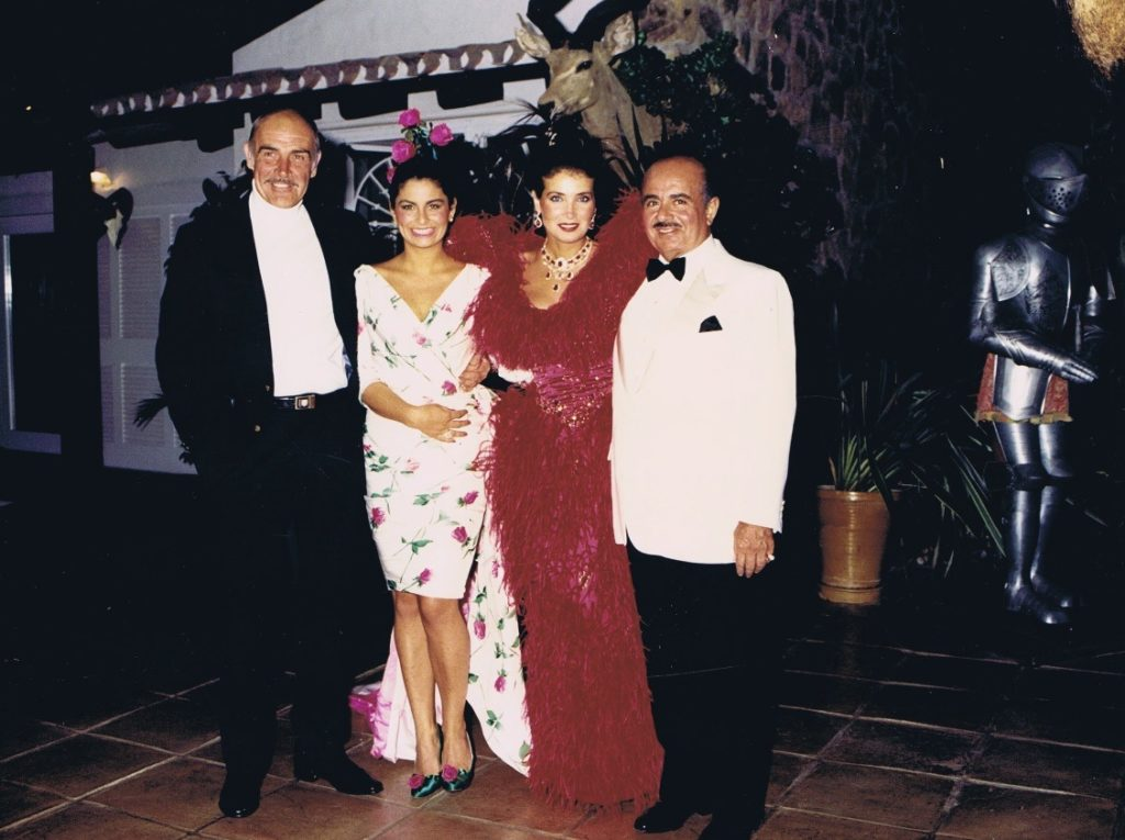Adnan Khashoggi with Sean Connery, daughter Nabila Khashoggi and Lamia Khashoggi