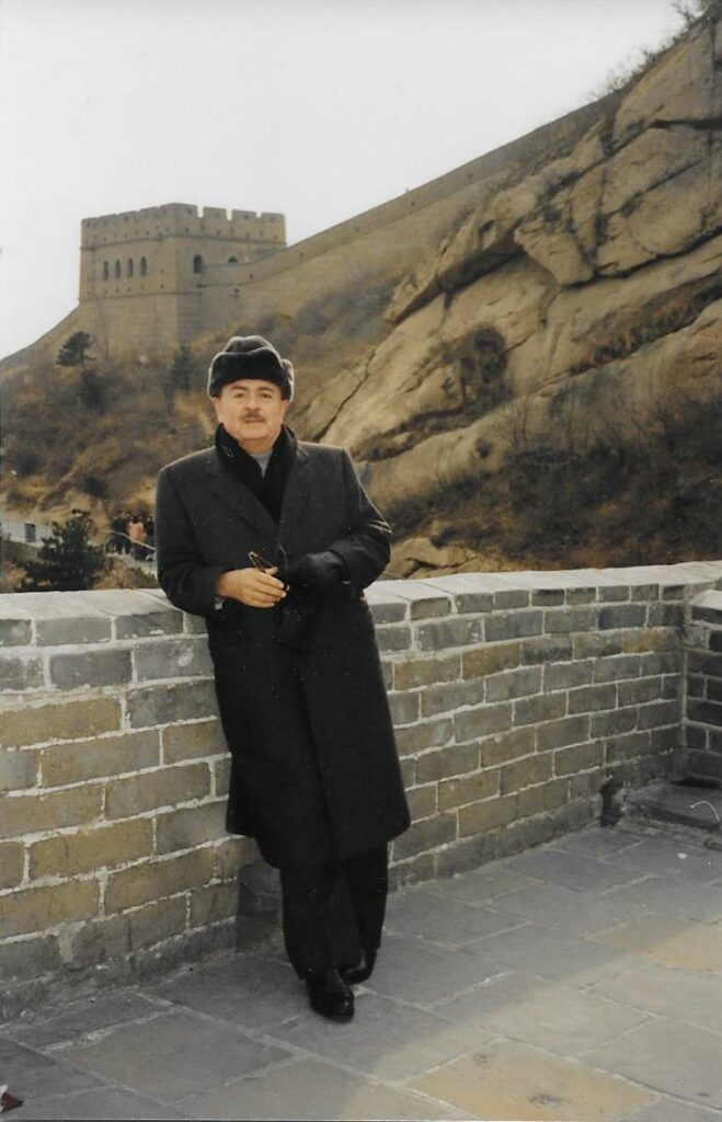 Adnan Khashoggi at Great Wall of China
