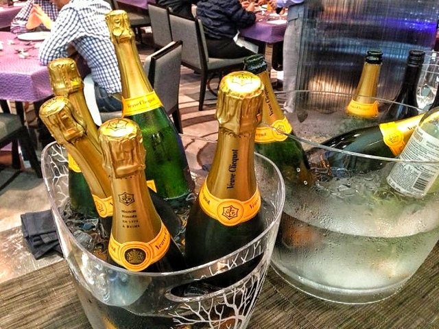 WHISK'S FREE FLOW CHAMPAGNE SUNDAY BRUNCH Mira Hotel TST