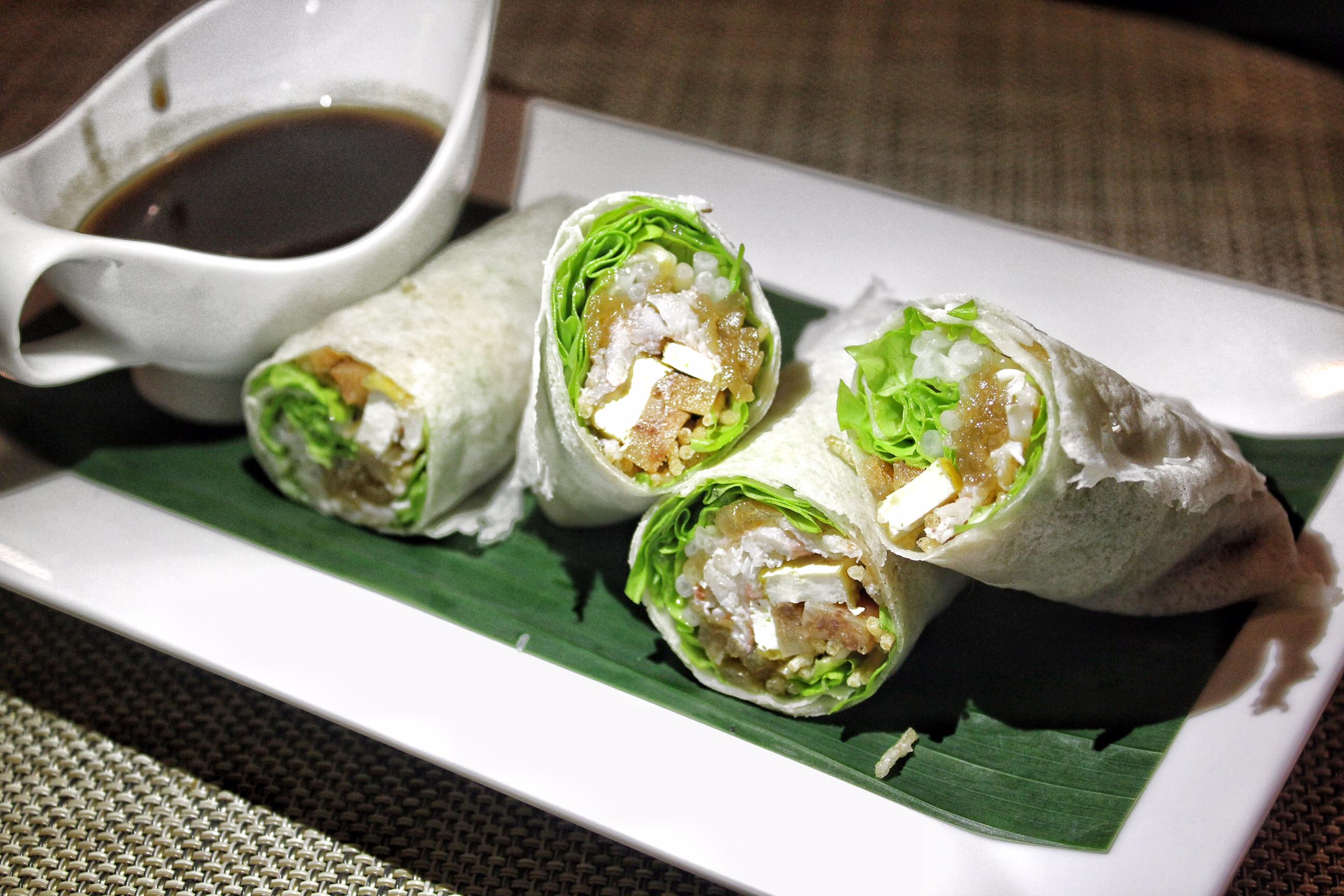 andaman-kitchen-phuket-marriott-resort-and-spa-nai-yang-beach-crab-rolls