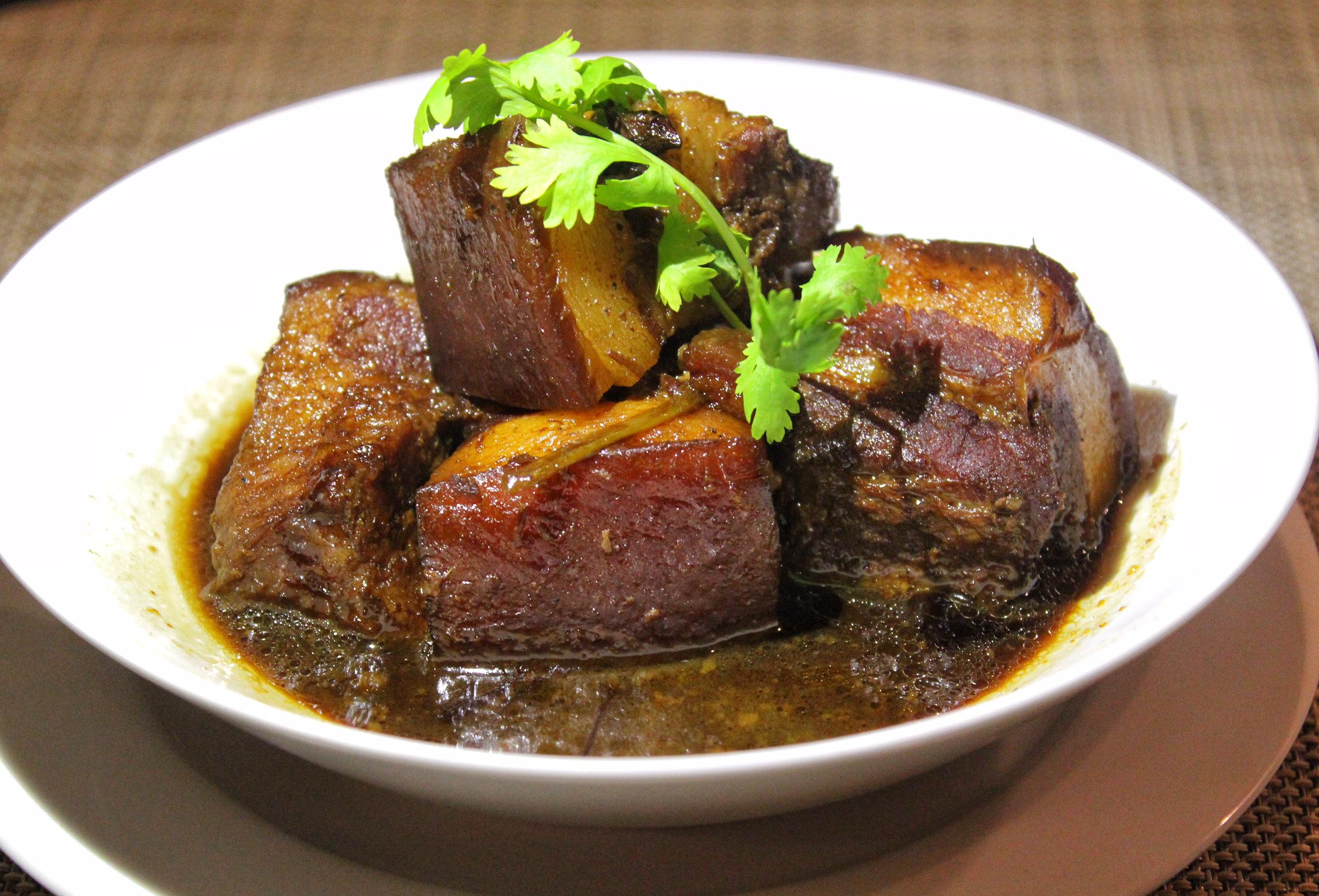 andaman-kitchen-phuket-marriott-resort-and-spa-nai-yang-beach-pork-belly