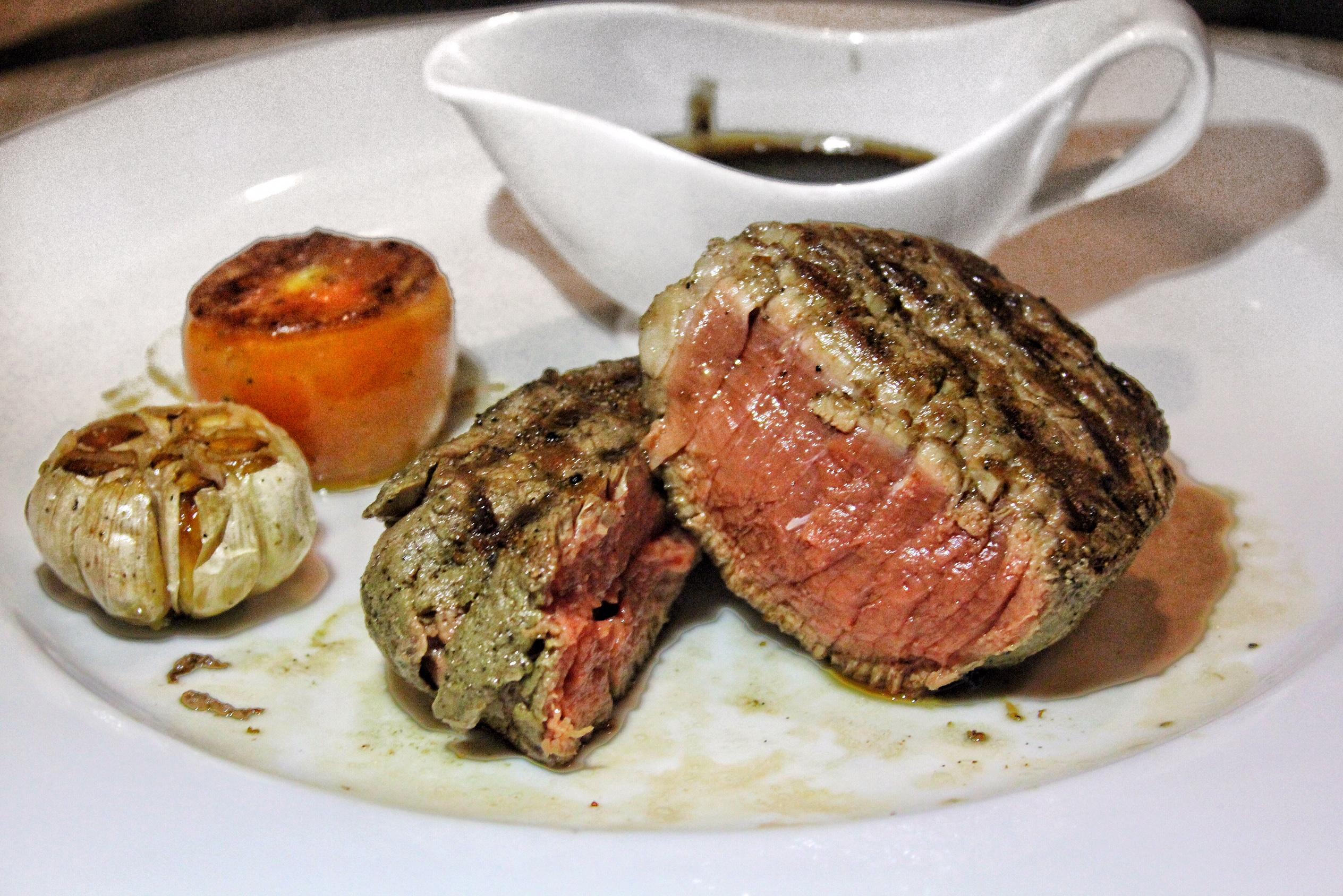 andaman-kitchen-phuket-marriott-resort-and-spa-nai-yang-beach-steak