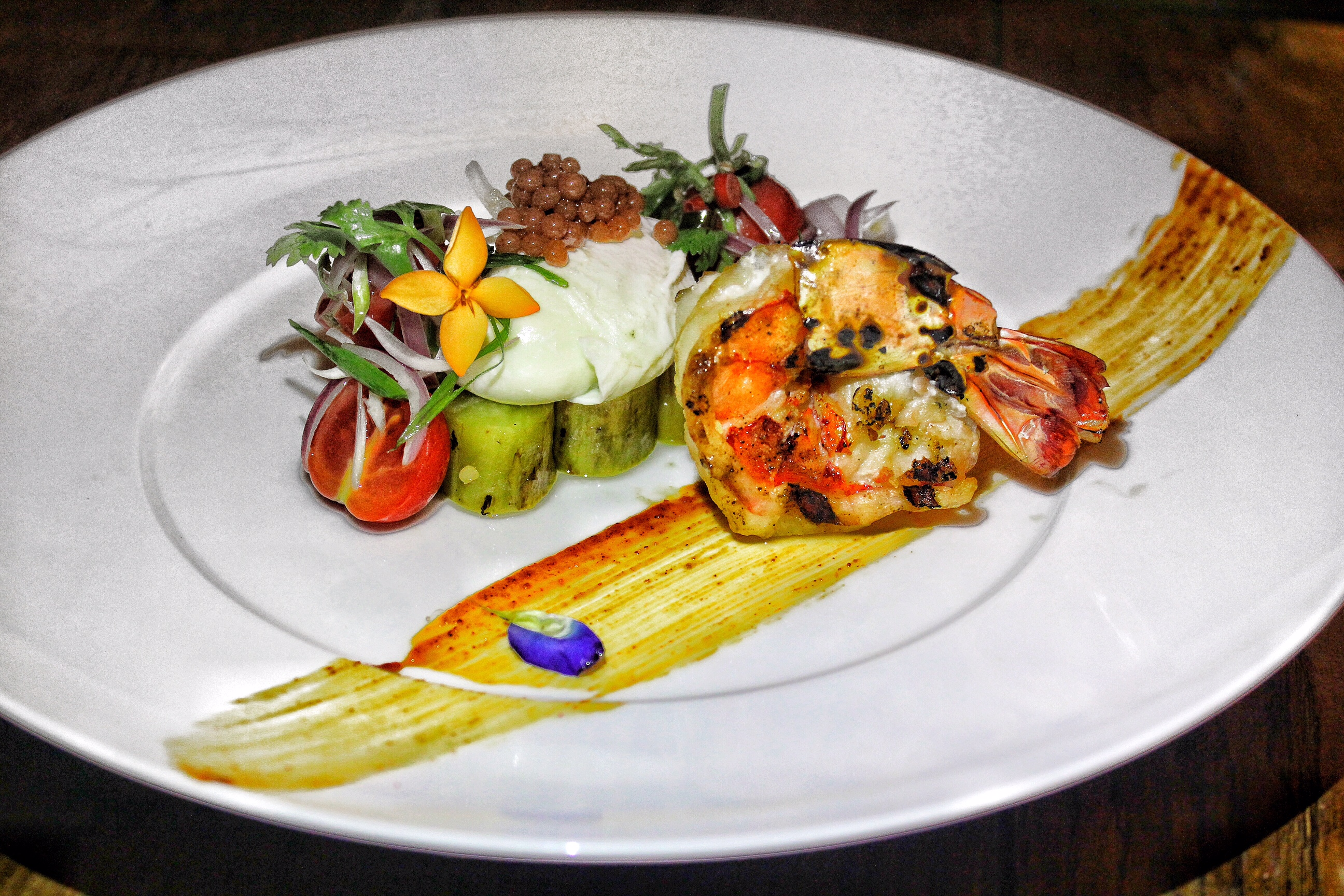 the-plantation-club-the-pavilions-phuket-prawns