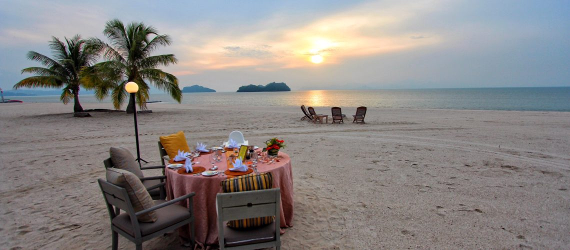 PRIVATE BEACH BBQ Four Seasons Resort Langkawi