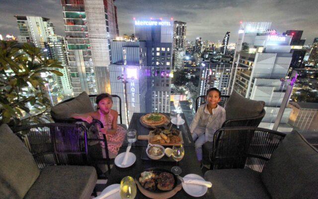 MOJJO Skyview Hotel Bangkok Sukhumvit 24