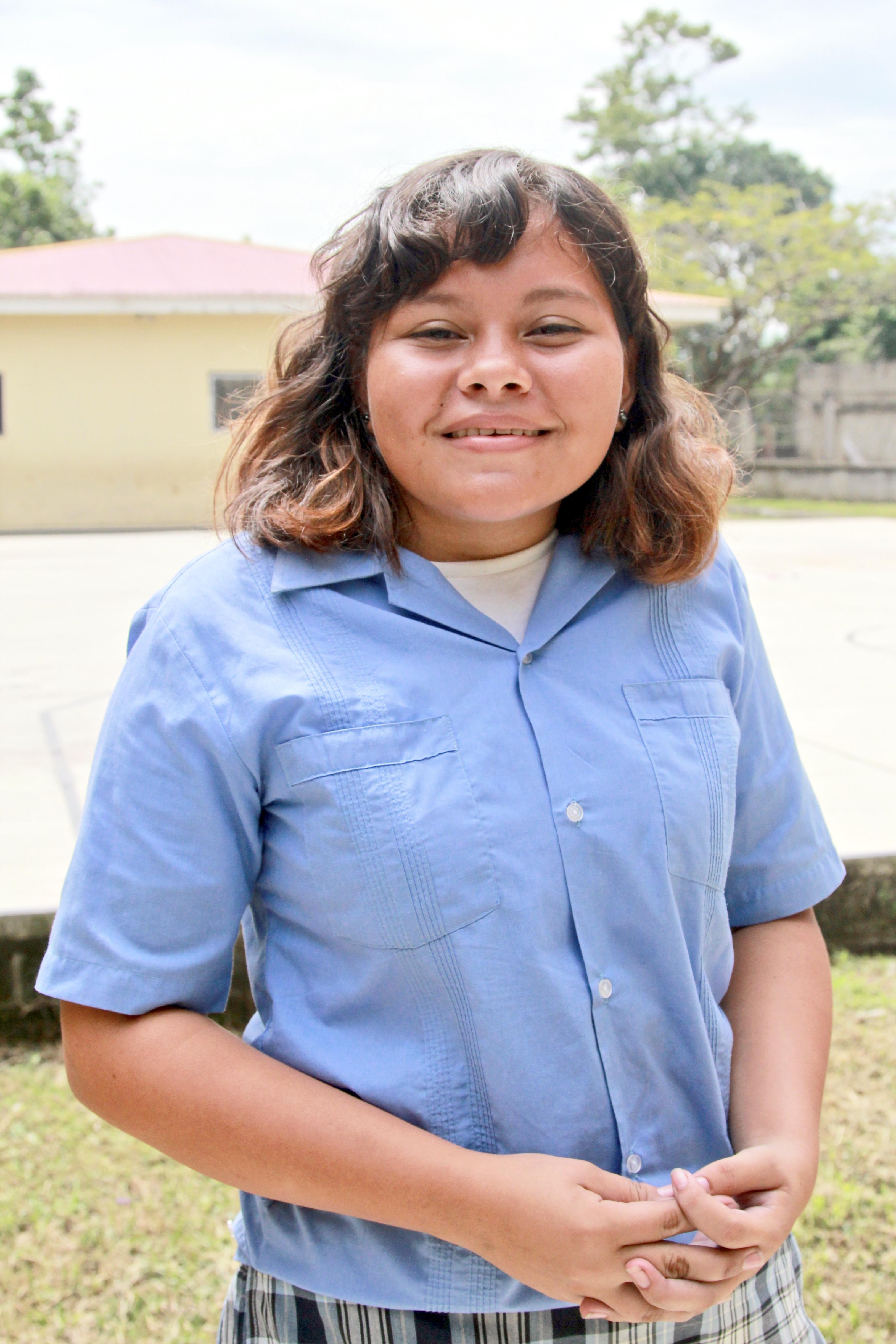 Estudiantes de Honduras: Meet Dulce Q., 6th Grader at the Villa Soleada Bilingual School